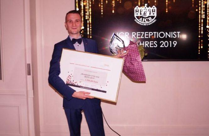 Rezeptionist des Jahres ist Sascha Haiss - Brenners Park-Hotel & Spa
