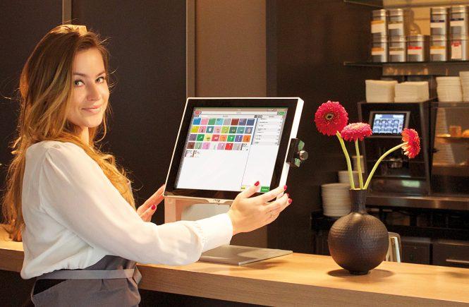 So gelingt Digitalisierung in der Hotel-Gastronomie während der Corona-Pandemie - gastronovi