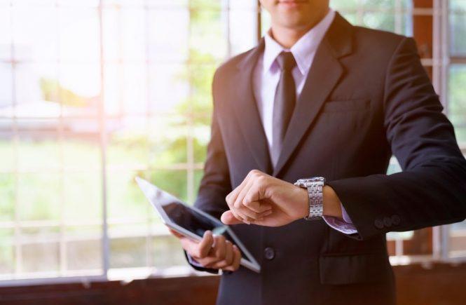 Hotellerie und Co.: Nebentätigkeit darf wöchentliche Höchstarbeitszeit nicht überschreiten