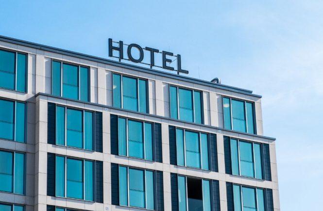 Hotel- und Gastgewerbe legt Stufenplan für Öffnung vor