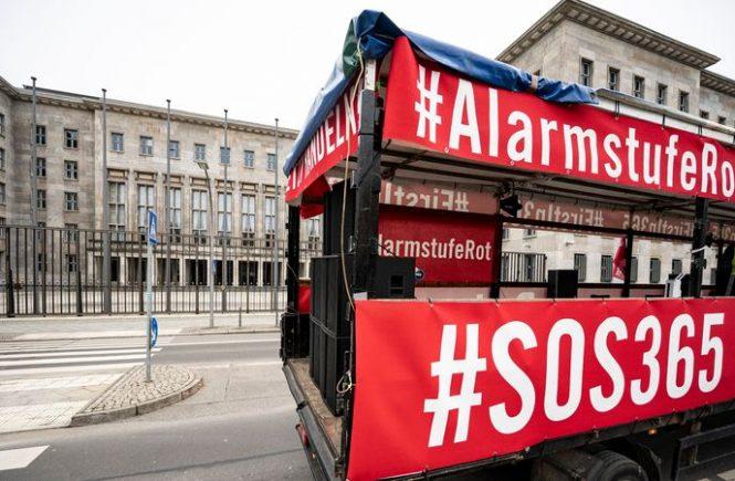 #AlarmstufeRot - Veranstaltungsbranche demonstrierte wieder in Berlin
