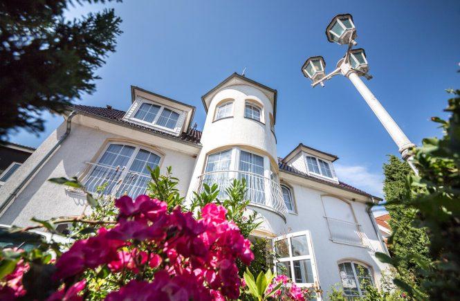 Erstes Hotel erklärt freiwillig Ausstieg aus dem geplanten Projekt Modellregion Lübecker Bucht.