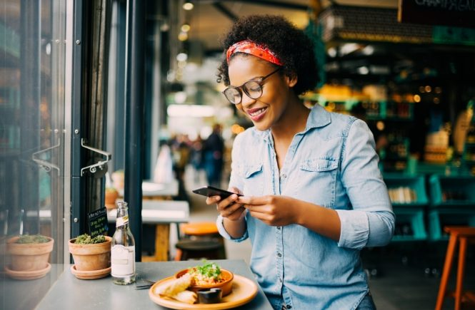 Dehoga fordert Änderung von Coronaregeln für die Gastronomie