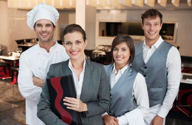 Verzweifelte Suche nach Fachkräfte für Hotellerie & Gastronomie nach dem Lockdown.